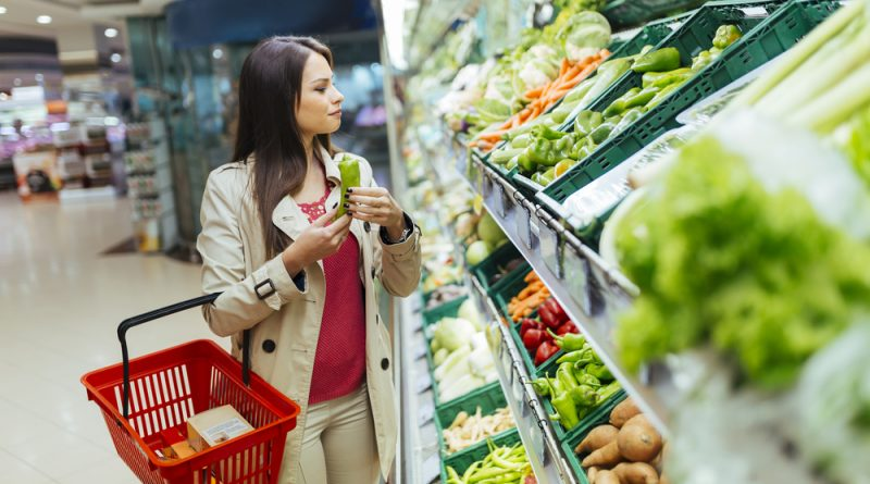 Росстат назвал самый подорожавший продукт марта. Платим за капусту на 40% больше!