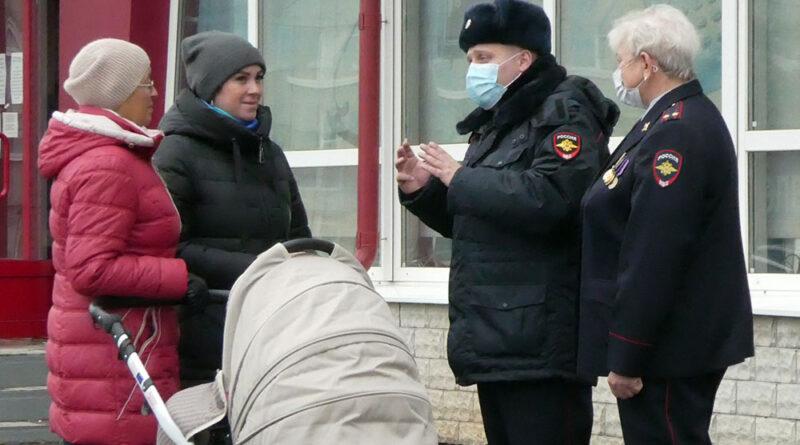В Каменске-Уральском подошел к концу опрос общественного мнения о деятельности правоохранительных органов в 2021 году
