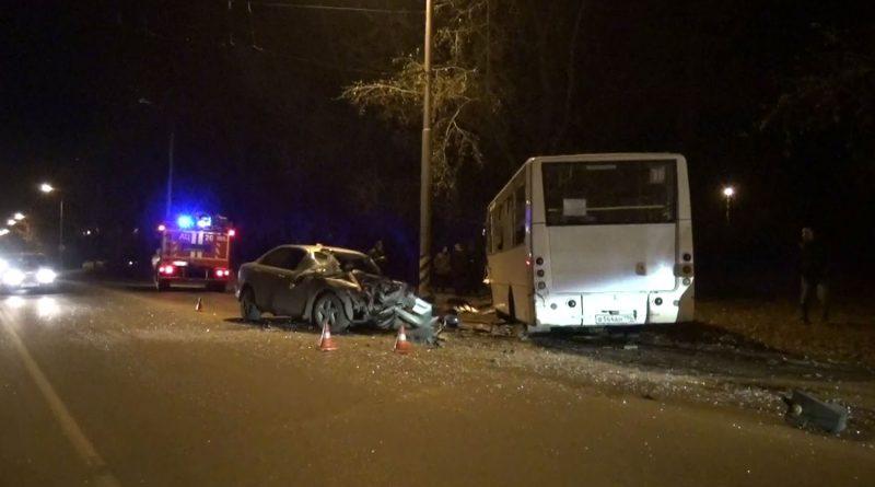 1 погибший и 16 пострадавших. Страшная авария в поселке Чкалова